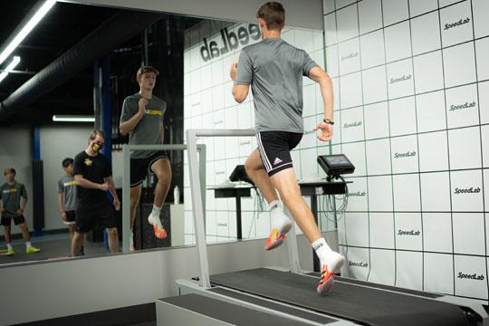 Perform x treadmill